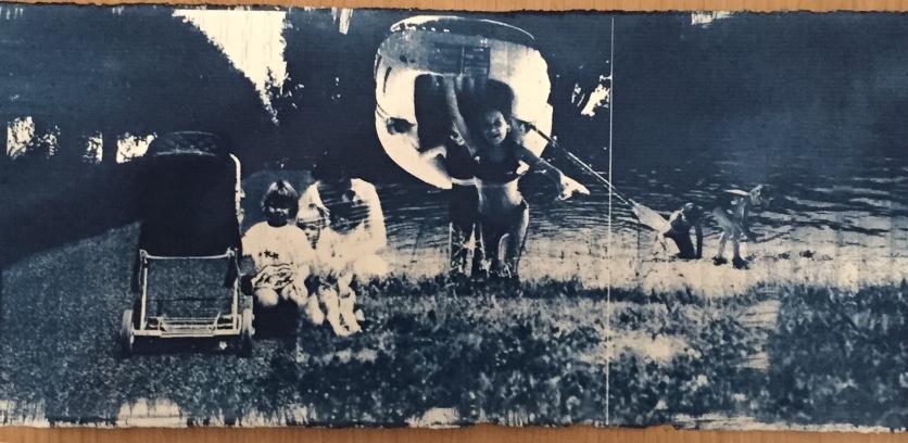 Emelien Dieleman, zonder titel, 2017, 30 x 50 cm, Cyanotype op papier